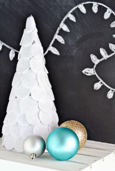 100+ Simple Christmas Craft Ideas to Make This Year | AllFreeHolidayCrafts.com
