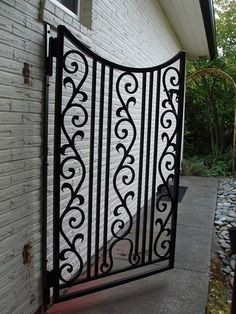 EDV grills n gate. Vicit our fb page (edv grills n gate) Garden Art, Garden Design, Home And Garden, Custom Gates, Window Grill, Classic Garden, Front Gates, House Front, Fences