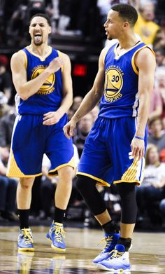 Splash Brothers ( Klay Thompson and Steph Curry) Basketball Memes, Basketball Legends, Sports Basketball, Wardell Stephen Curry, 2018 Nba Champions, Golden State Warriors Basketball, Curry Nba, Curry Warriors, Splash Brothers