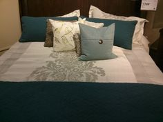 Love this bedding collection...Beautiful in blue!
