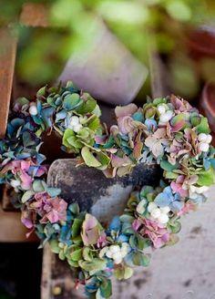 ❥ hydrangea wreath