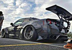 nissan gtr Nissan GT-R by Liberty Walk Z_litwhips Nissan Gt R, Nissan Gtr Black, Nissan Gtr Skyline, Tuner Cars, Jdm Cars, Gtr R35, Liberty Walk, Japanese Cars, Modified Cars