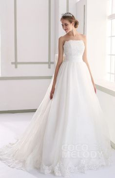 Taffeta Wedding Dresses Cocomelody Wedding Dresses A-Line - Fancy A-line Strapless Natural Court Train Organza Lace and Taffeta Ivory Sleeveless Lace Up-Corset Wedding Dress with Appliques Beading and Bowknot Informal Wedding Dresses, Wedding Dress Organza, Wedding Flower Girl Dresses, Perfect Wedding Dress, Bridal Dresses, Strapless Organza, Wedding Bride, Wedding Gowns, Wedding Ideas