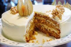 Makeaa murmelin täydeltä: Maailman paras porkkanakakku Baking Recipes, Cake Recipes, Delicious Desserts, Yummy Food, Happy Foods, Piece Of Cakes, Creative Cakes, Desert Recipes, Yummy Cakes
