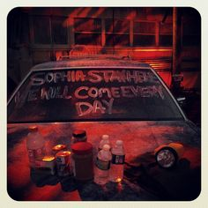 The Walking Dead haunted house at Universals Halloween Horror Nights 2012. i will do this to my car on halloween