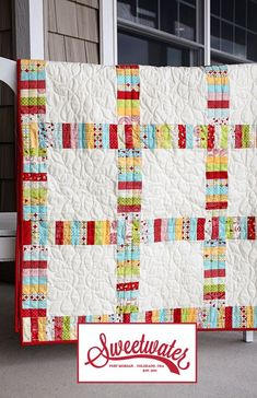 This would be fun with a Halloween jelly roll and black squares. Love this pattern! Great way to use a jelly roll.