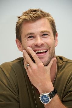 Chris Hemsworth like really though...