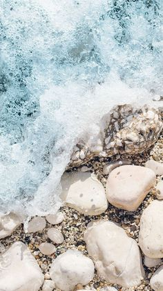 Pale Pastels iPhone Wallpaper Collection for Beach Lovers | Preppy Wallpapers
