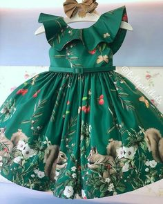 Image may contain: one or more people and people standing African Dresses For Kids, Little Dresses, Little Girl Dresses, Cute Dresses, Girls Dresses, Kids Frocks, Frocks For Girls, Girls Belle Dress, Baby Clothes Sizes
