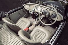Daimler-SP250-Car-6