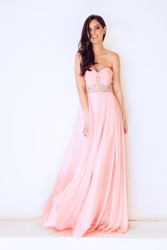 67c2693d6a6 This beautiful strapless swing flow dress is perfect for prom Chiffon  Fabric