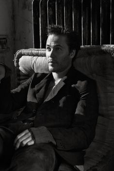 Preparing for a season of HBO hit True Detective, actor Taylor Kitsch connects with Interview magazine for a photo shoot in its November 2014 edition. Taylor Kitsch, Taylor Rogers, Tim Riggins, Lone Survivor, Magazine Pictures, Templer, The Fashionisto, Avan Jogia, Bebe