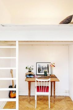 With open spaces, combined living features, and clean, modern architecture, this 355-square-foot home looks and feels anything but small. Lots of light and well-organized details help ensure that this space is as functional as it is tiny