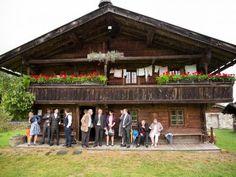 Laura & Hubi feierten ihre märchenhafte Berghochzeit! Wenn Eleganz auf Alpenromantik trifft …