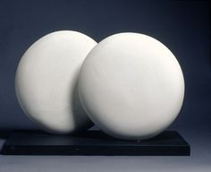 Discs in Echelon, version 2, Plaster, 1935–6 (BH 73 B), Hepworth Estate, on loan to the Sainsbury Centre for Visual Arts, University of East Anglia, Norwich