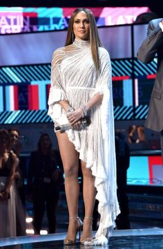 You Won't Believe How Many Pearls and Crystals Are on Jennifer Lopez's Latin Grammys Performance Dress