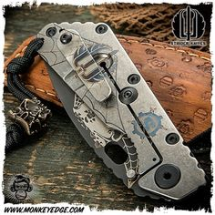 The Crow - Strider Knives: Starlingear SMF Scarecrow Collaboration Package (NYCKS 2015)