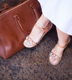 Add some sparkle to your toes!