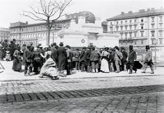 View of the Secession Exhibition Building from Gemüsemarkt, 1899