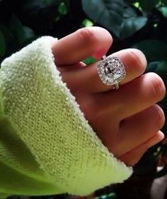 I've always loved the huge stone paired with a quaint thin band for engagement rings. So pretty.