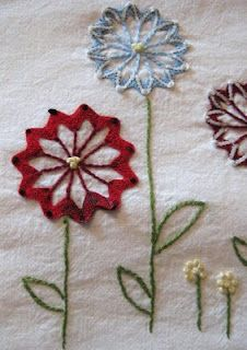Ric-rac flowers embroidery tutorial....  Gumbo Lily