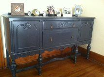 Another great find on CL, I put antique glass nobs on the two cabinet doors, sanded and painted it. I love this buffet, looks awesome in my dinning room.