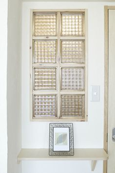 飾り棚×珪藻土×ガラスブロック