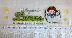 Fralda de Batizado bordada em Ponto Russo, Anjinho, Lucas - Facebook: Biartes Bordados