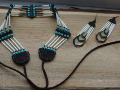 image 3 quilling Porcupine quills choker with earrings. American Indian Tattoos, American Indian Jewelry, American Art, Native American Spirituality, Native American Symbols, Beaded Earrings, Beaded Jewelry, Pierre Turquoise, Wiccan Tattoos