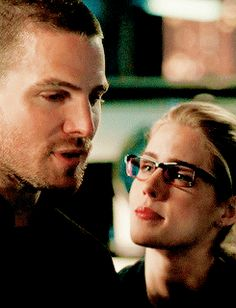Your online source for everything Oliver Queen and Felicity Smoak from Arrow. Here you'll find edits, gifs, interviews, the latest news and more. Felicity Smoke, Oliver Queen Arrow, Oliver Queen Felicity Smoak, Dc Movies, Movie Tv, Arrow Memes, Ray Palmer, Stephen Amell Arrow, Emily Bett Rickards