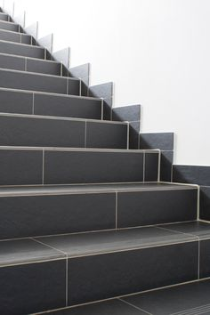 Solutions And Examples Of Porcelain Tile Staircases, Costa Retta, Step,  Gradone