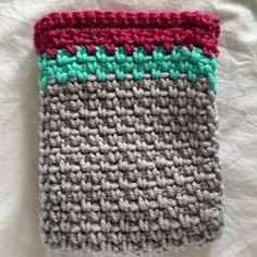 thedorsetfinca #crochet kindle cozy