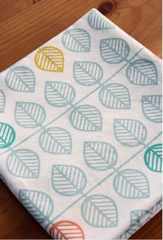 Scandinavian  Nordic Style Leaf Repeat Pattern Water Bubble Washing Cotton 1/2…