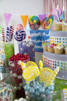 Candy Buffet party supplies to satisfy your sweet tooth #Candy #Party #BirthdayExpress
