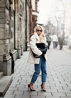 boyfriend jean + teddy coat (elin kling)
