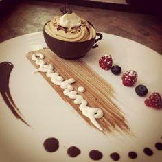 Tacitas de chocolate con Mousse de café!