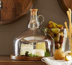Wine Bottle Jug Cloche Cheese Platter Would also be fun to give as a gift to someone who has everything Glass Bottle Crafts, Bottle Art, Glass Jug, Cut Glass, Silver Serving Trays, Serving Dishes, Holiday Dinnerware, Dinnerware Sets, Bottle Cutting