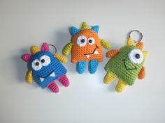 """Schlüsselanhänger """"Kleine Monster"""" Häkelanleitung"""