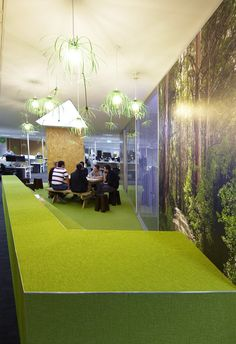 Lounge - Central Park -Throw some fake grass or green carpet