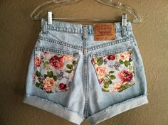 普通のショートパンツのポッケに花柄の布を縫い付けると…こんなに素敵な ビンテージライクなショーパンに変身
