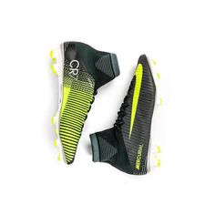 Nike/Mercurial/CR7/New Best Soccer Cleats, Nike Soccer Shoes, Soccer Boots, Football Cleats, Boys Football Room, Girls Soccer, Cristano Ronaldo, Ronaldo Football, Cool Football Boots