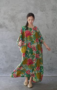 * Quality linen and cotton blend * Very Loose fitting, almost the same width at bust waist and hips, suit for people who like very loose fitting style. *·.♥.·*´¨¨*·.♥.·*´¨¨*·.♥.·*´¨¨*·.♥.·*´¨¨*·.♥.·*´¨¨*·.♥.·* Length 125cm bust 130cm(51 inches) sleeve length 40cm If you like bags or shoes, please visit our site www.shop2happy.com . *·.♥.·*´¨¨*·.♥.·*´¨¨*·.♥.·*´¨¨*·.♥.·*´¨¨*·.♥.·*´¨¨*·.♥.·* Our shop: https://www.etsy.com/shop/deboy2000 Dress: https://www.et...
