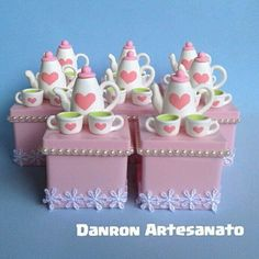 Teapot Cake, Cake Decorating Frosting, Mad Hatter Tea, Pasta Flexible, Polymer Clay Charms, Vintage Dishes, Mini Cakes, Clay Art, Tea Party