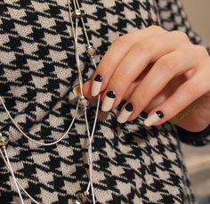 Mielenmaisemia: Matched to an outfit #ablecs15 #nails #nailart
