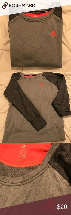 Adidas Climawarm top The climawarm material is great. It traps in your body heat to keep you warm. Lightweight material is soft and cozy. The sleeves have thumb holes. Great for normal wear or cold weather work outs! Adidas Tops