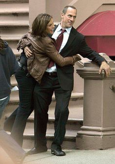 Mariska and Chris being silly on set. (: