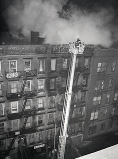 This week's Throwback Thursday photos are from February 4, 1978 – a 2nd alarm at 165 East 2nd Street in Manhattan (FD Box 22-0419).