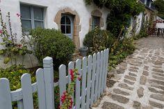 Petite maison traditionnelle bretonne sur l'île aux Moines, au coeur du Golfe du Morbihan.