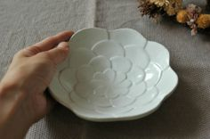 【よしざわ窯】白いコサージュのお鉢 益子焼/中鉢