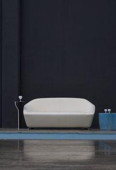 Les Meilleures Images Du Tableau Mobilier Design Sur Pinterest - Carrelage piscine et tapis danskina